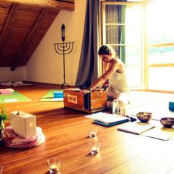 Yoga und Ayurveda bei der Auszeit vom Stress