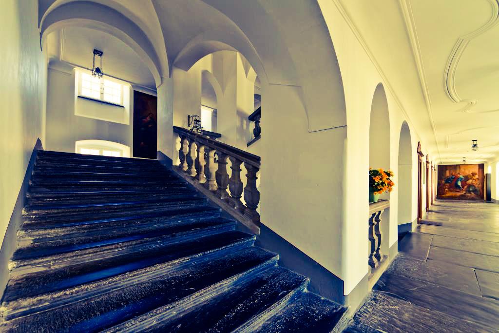 Auszeit im Kloster Treppenhaus