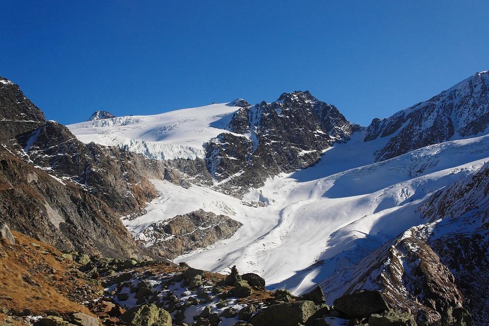 Yoga in den Bergen - Südtiroler Alpen