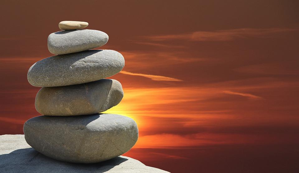 Yoga in den Bergen: Tiefe Meditationen stellen einen Zugang zum höheren Selbst her