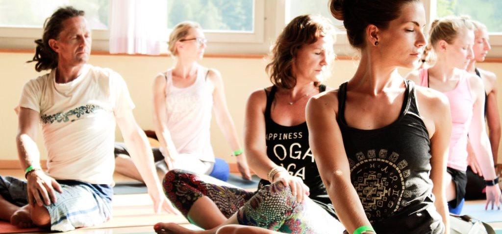 Yoga Weekend über Ostern 2021: Yoga Wochenende in der Schweiz