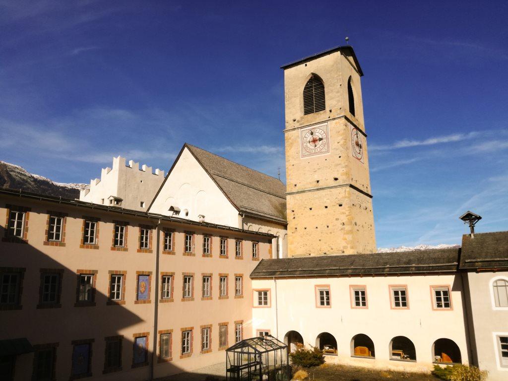 Eine Auszeit im schweizer Kloster nehmen