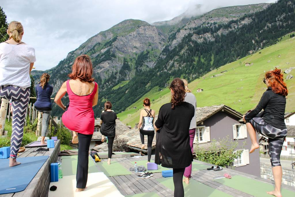 Ein Weekend Yoga in den Schweizer Bergen