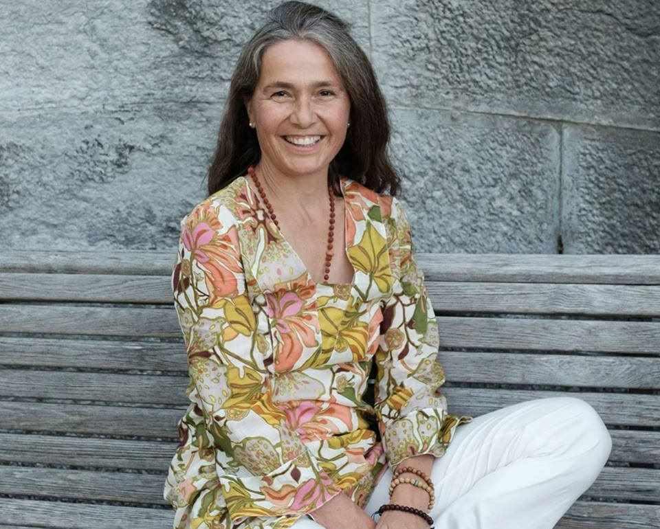 Maya Keller beim Yogafestival