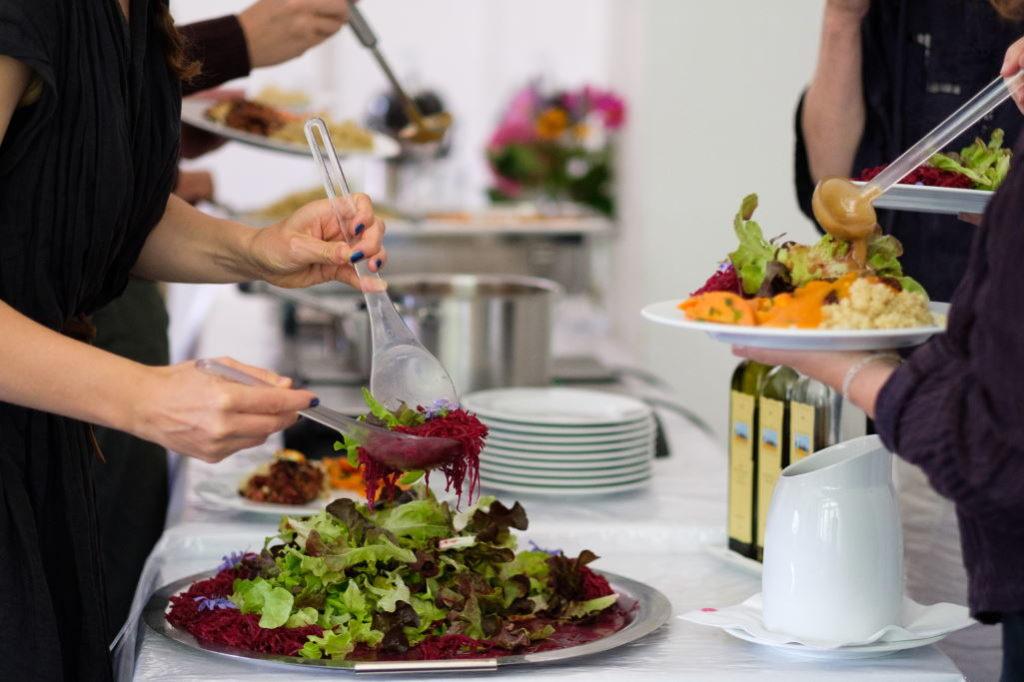 Essen beim Seminar Quo Vadis Alltagsheldinnen