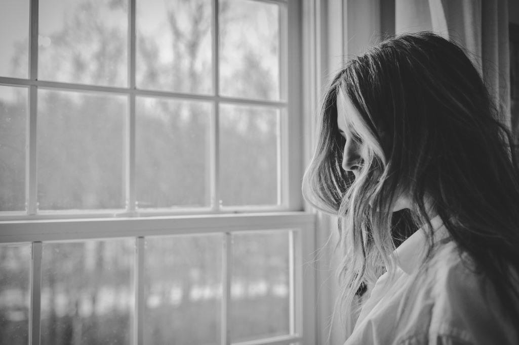 Einsamkeit im Beruf. Es trifft auch Frauen