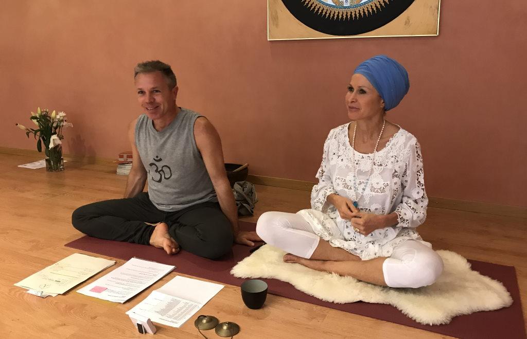 YogaVeda tag mit Pascal Portmann und Gundula Schatz am Yogafestival Summer of Love