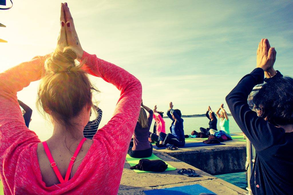 Yogaferien am See in der Schweiz