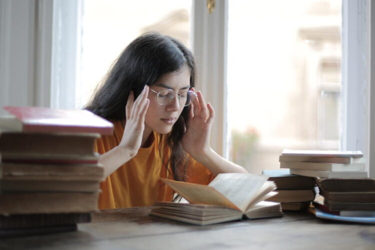 Tinnitus bei Stress: Was hilft?