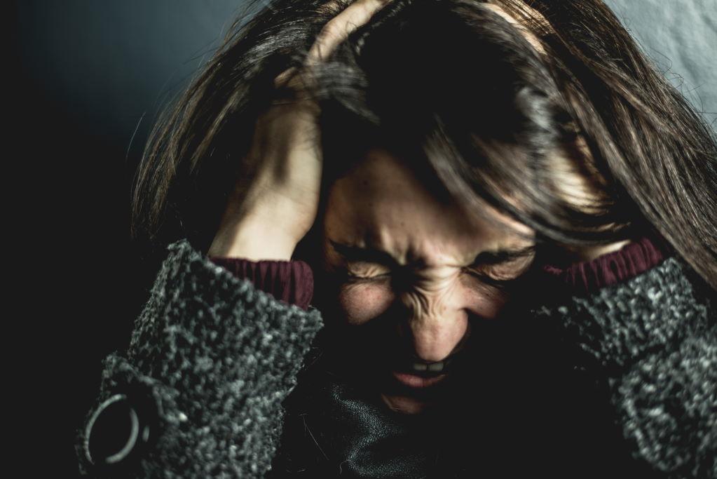 Starke Kopfschmerzen wie Migräne betreffen run 12% der Bevölkerung