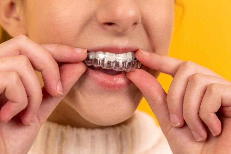 Warum Zähneknirschen und Stress oft zusammengehören